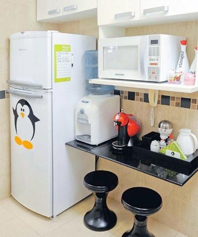 geladeira-com-adesivo2