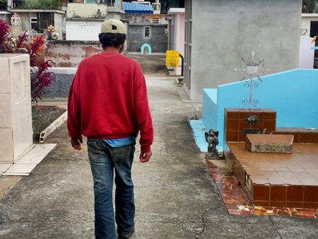 """""""Estou ficando velho. Sei que um dia vou morrer. Se for aqui, melhor"""", diz Bahia (Foto: Alana Fonseca/G1 PR)"""