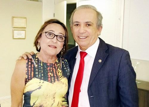 A prefeita Maria Sebastiana e o Procurador Geral do MPE-PE Agnaldo Fenelon