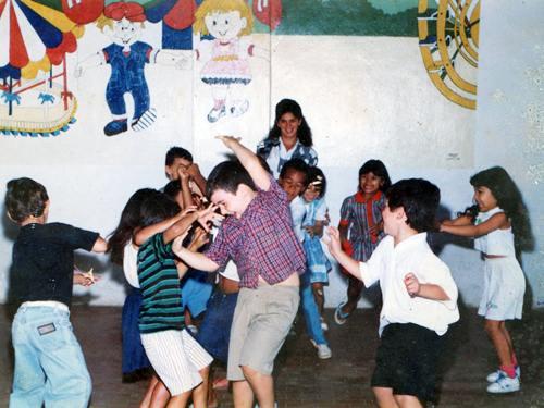 1990emj