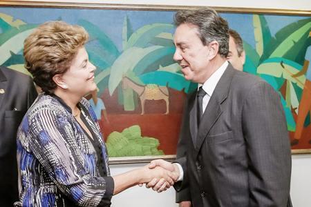 RicardoTeobado_DilmaRoussef_FOTO_Agência Brasil