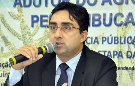 Roberto-Tavares_peq_compesa