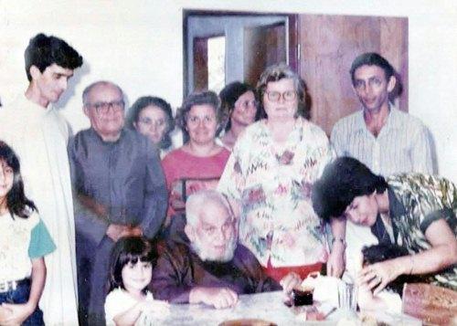 1979hnj
