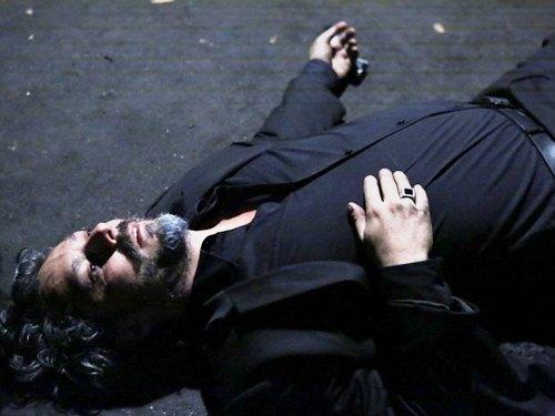 Zé Alfredo (Alexandre Nero) é morto pelo próprio filho (Foto: Ellen Soares/ Gshow)