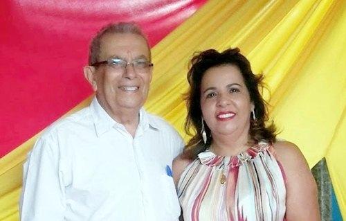 Padre Luiz Gonçalves e a prefeita Rosineide Barbosa