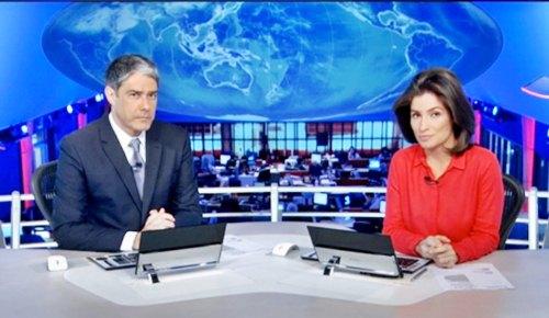 O Jornal Nacional da noite desta sexta-feira causou estranheza: longa sonora favorável à Dilma, crítica à Eduardo Cunha e matéria sobre o aeroporto de Claudio, de Aécio Neves