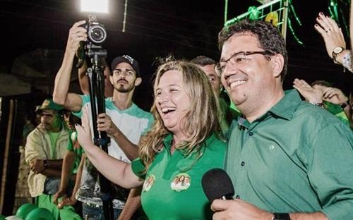 PRAZO CURTO - em Frei Miguelinho, Adriana Assunção, teve pouco dias de campanha