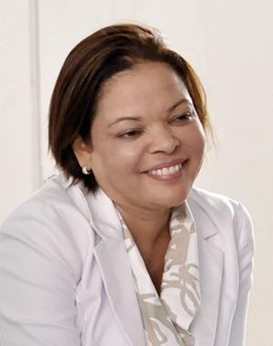 Edna-Gomes